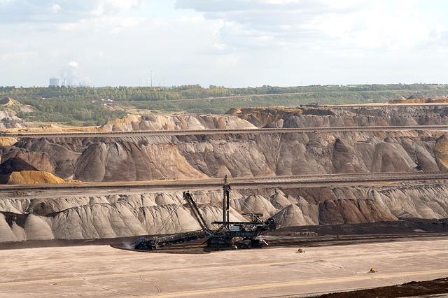 brown-coal-mining-111366_640